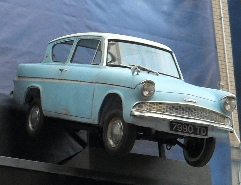 Flying Ford Anglia from Harry Potter