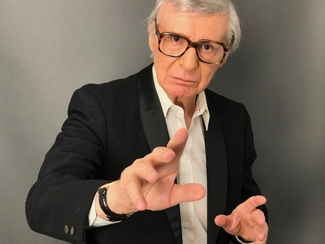 Mentalist Amazing KRESKIN Magically Appears at NEComicCon